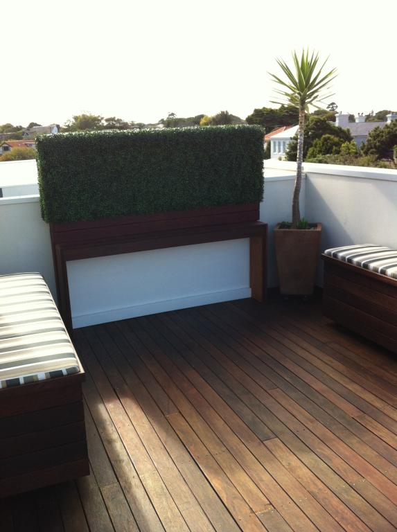 Rooftop With Boxwood Hedge