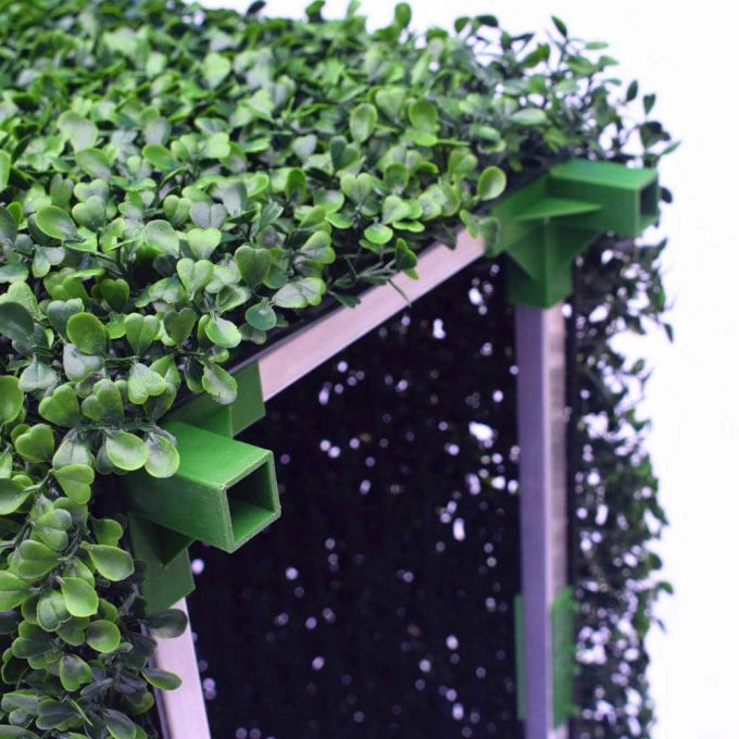 feet of artificial hedge frame